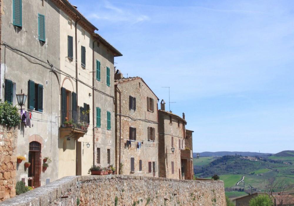 8 borghi in cui vivere in toscana vivere in un piccolo borgo in toscana tamagnini luxury real - Come valutare un immobile ...